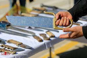 عکس/ سلاحهای کشف شده از قاچاقچیان