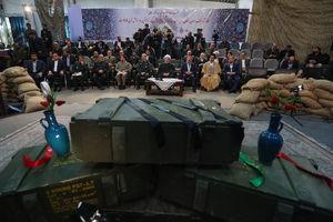عکس/ حضور روحانی در باغ موزه دفاع مقدس