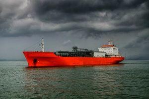 توکیو به دنبال اخذ معافیت از آمریکا برای واردات نفت ایران