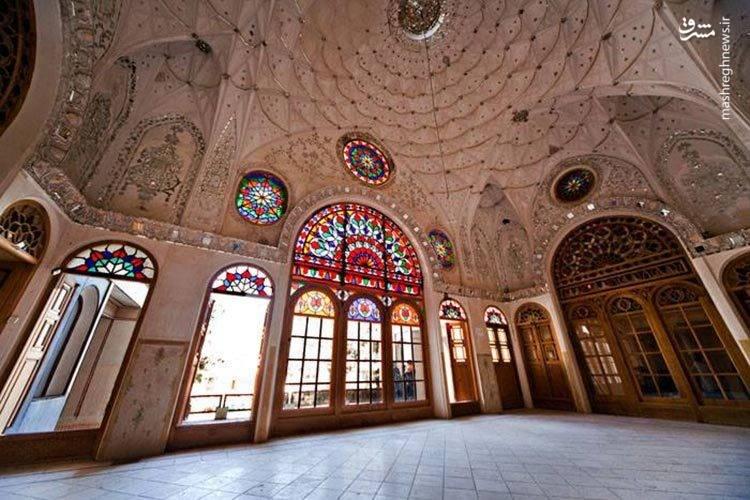 معماری اصیل ایرانی و شیشه کاری های زیبا