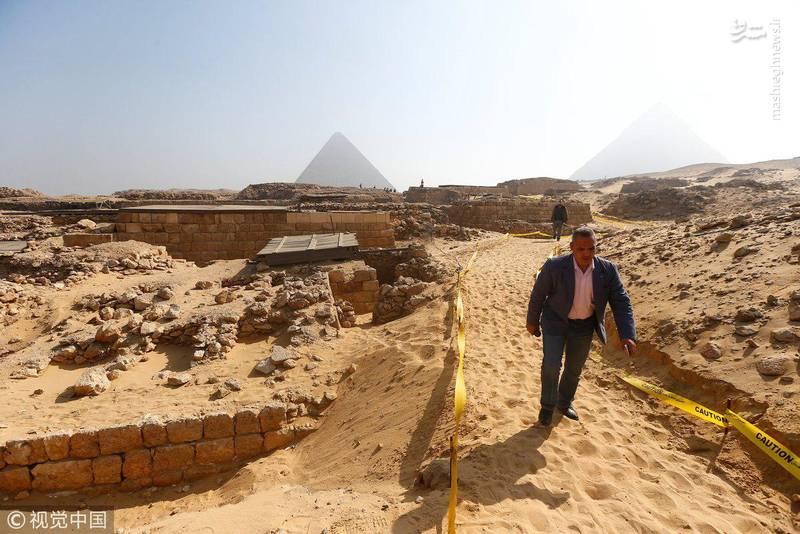 حفاری ها برای کشف مقبره های بیشتر در این منطقه ادامه دارد.