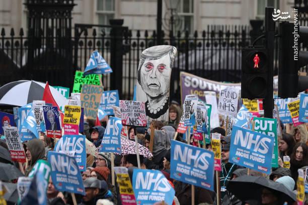 گروههای مخالف جنگ هم با حضور در این راهپیمایی خواستار متوقف کردن جنگهای متعددی در جهان شدند که با تسلیحات و تجهیزات انگلیسی شعلهور میشوند