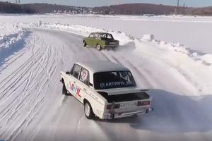فیلم/ مسابقات رانندگی در دریاچه یخ