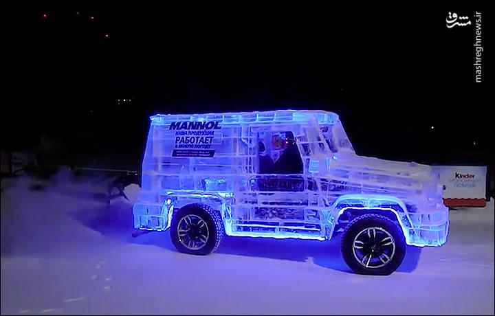 نصب قالب های یخی بر روی بدنه خودرو