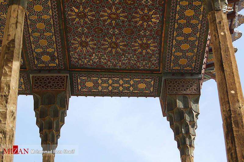 در این مرمت استحکام بخشی، مرمت سقف، تزئینات و ستونها که انجام شده است.