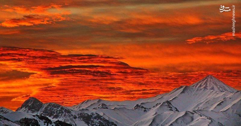 نمایی تماشایی از قله زیبای دماوند
