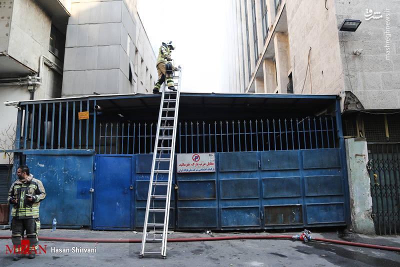 ممکن است یک بخشی از ساختمان به صورت کامل دچار ریزش شده و و یا نشست جدی در ساختمان صورت گیرد