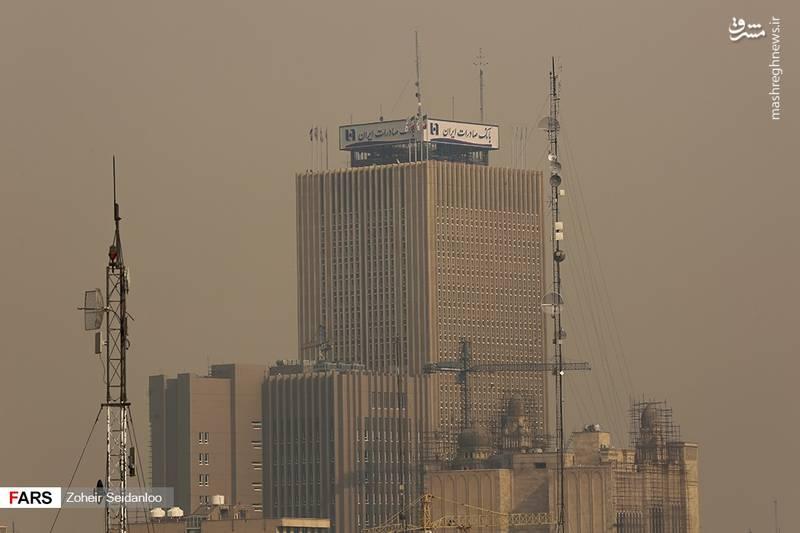 بر اساس دادههای سنجش آلایندههای شهر تهران، کیفیت هوای این استان صبح روز امروز با نمایش عدد ۱۷۷ در وضعیت ناسالم برای همه افراد قرار گرفته است.