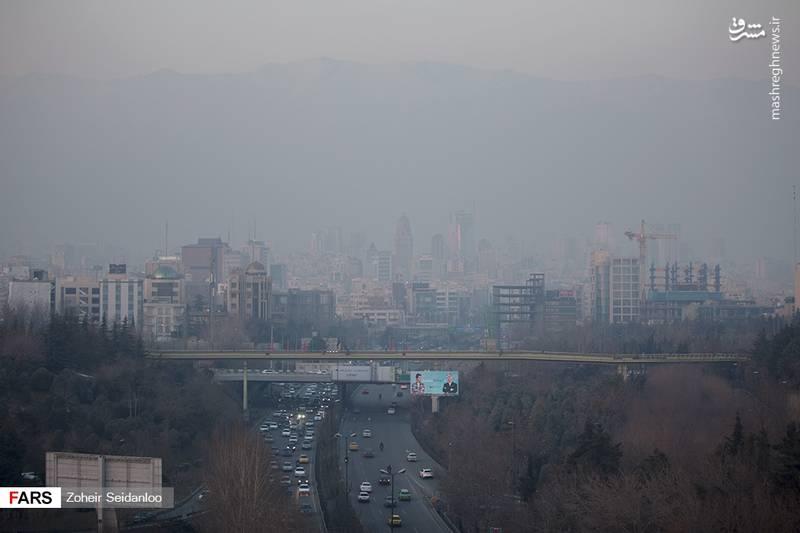 """آلودگی هوای تهران """"مرز خطر"""" را هم پشت سر گذاشت"""