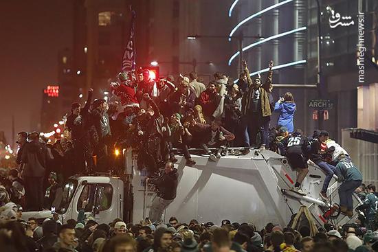 فیلم/ شادی وحشیانه آمریکایی پس از مسابقه فوتبال