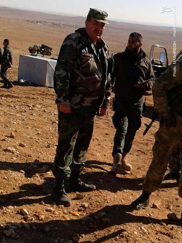 تصاویری از بازدید فرماندهان میدانی ارتش سوریه از حلب و ادلب را مشاهده می کنید