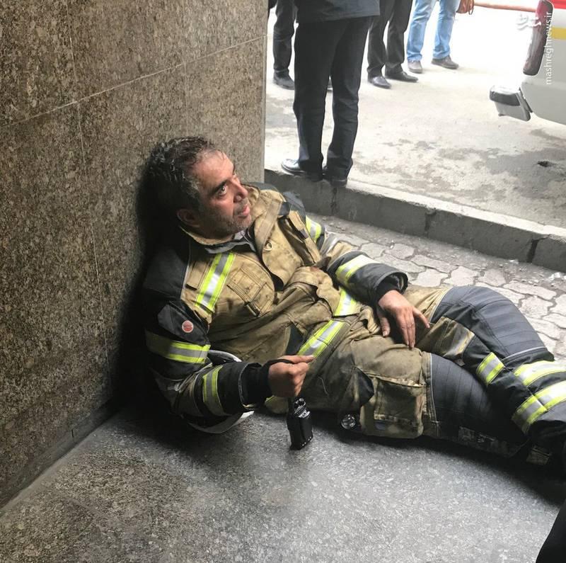 امیر مهدیانی از فرماندهان عملیات پلاسکو بود که در دقیقه آخر با پریدن از شیشه به بیرون  نجات یافته بود
