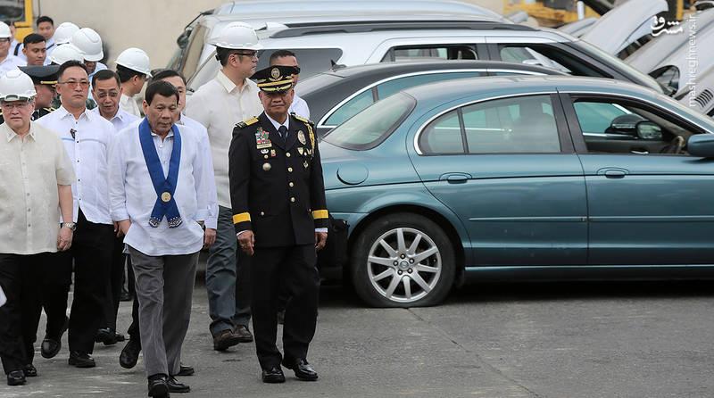 دستور رئیسجمهور فیلیپین برای تخریب خودروهای لوکس
