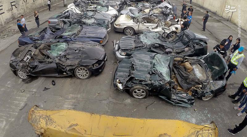 نمایی از پارکینگ خودروهای قاچاق