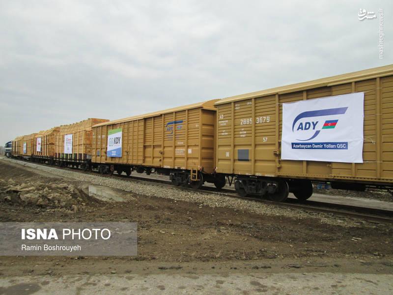 """با راه اندازی این خط ریلی ، """"آستارا"""" نخستین شهرستان در کشور است که همزمان از حمل و نقل ترکیبی ریلی ، دریایی و زمینی برخوردار است."""