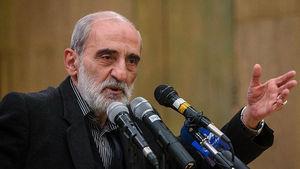 پیشنهاد رفراندوم اهانت رئیسجمهور به دهها میلیون شرکتکننده راهپیمائی ٢٢ بهمن است