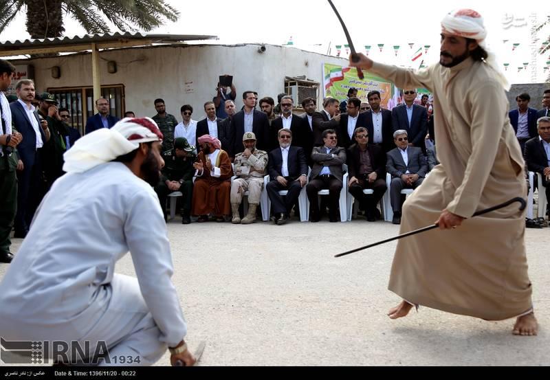 نمایش با شمشیر مقابل رحمانی فضلی