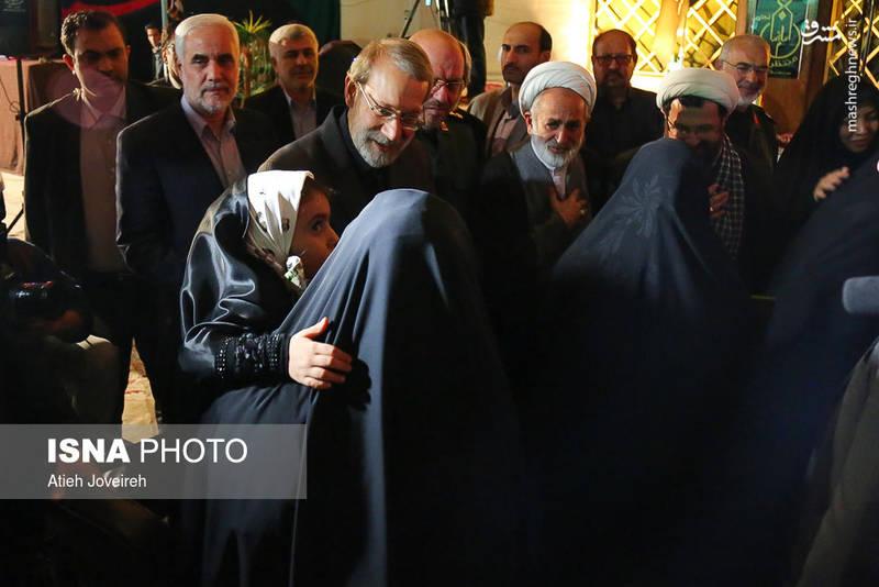 دیدار لاریجانی با خانواده شهدای مدافع حرم