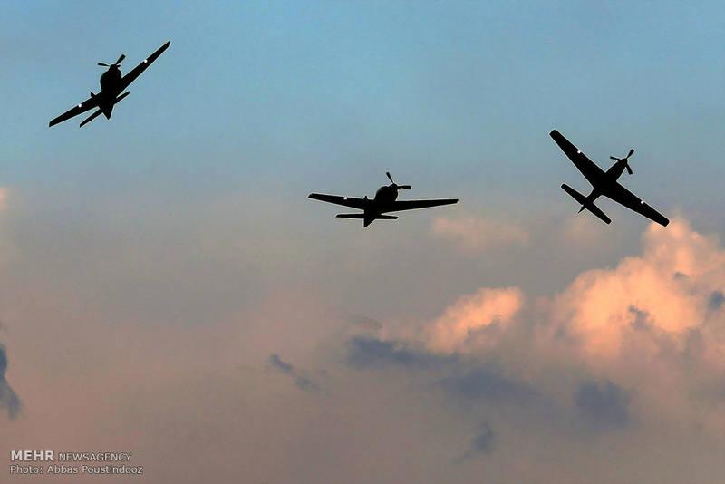 نمایش هوایی نیروی هوا فضای سپاه پاسداران انقلاب اسلامی در اصفهان