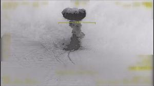 عکسبرداری جنگنده ترکیه از لحظه بمباران کُردها