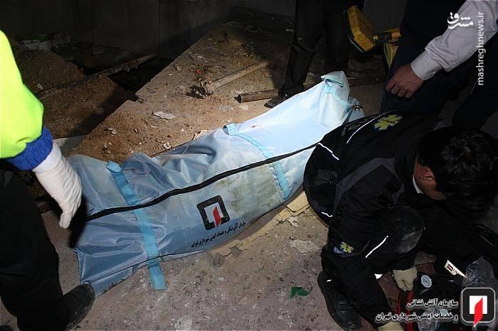 آتش نشانان در کوتاه ترین زمان ممکن، خود را به عمق چاه رساندند و مرد چاه کن حدودا 45 ساله(تبعه افغان) که کاملا بی هوش بود را با استفاده از تجهیزات مخصوص، از داخل چاه خارج کرده و وی را برای انجام معاینات پزشکی، تحویل عوامل اورژانس حاضر در محل دادند.