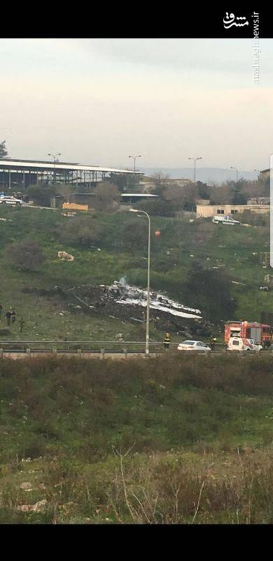 رسانههای رژیم صهیونیستی همچنین از سقوط یک بالگرد بر فراز «شبعا» خبر دادند و اعلام کردند این جنگنده و بالگرد از داخل سوریه هدف قرار گرفته شدهاند.