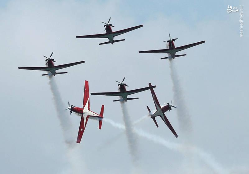 نمایش هوایی خلبانان اندونزیایی