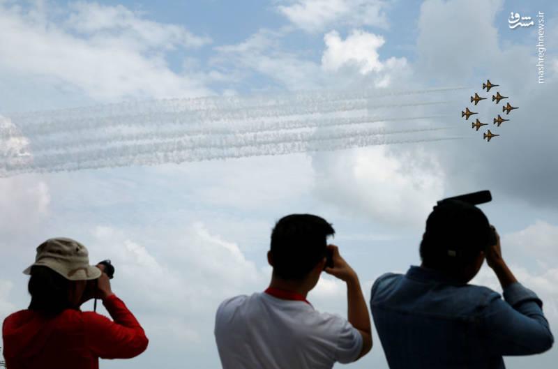 پرواز نمایشی جنگندههای کره ای (T-50)