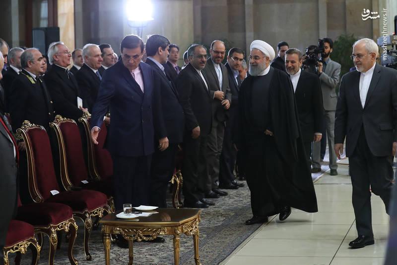روحانی: استقلال عدم مداخله دیگران در کشور و روابط منصفانه و عادلانه با جهان ، پیام انقلاب ما بود