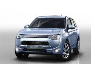 افزایش قیمت خودروهای وارداتی قانونی است