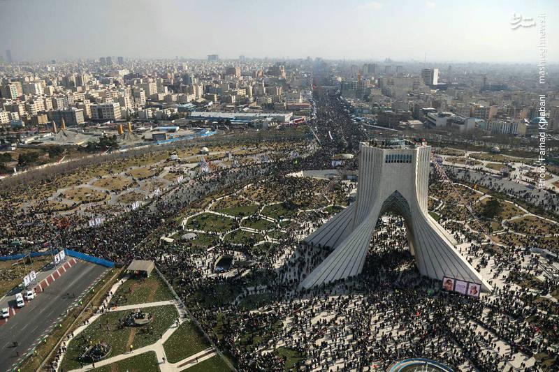 2189241 - تصاویر هوایی از 22 بهمن تماشایی