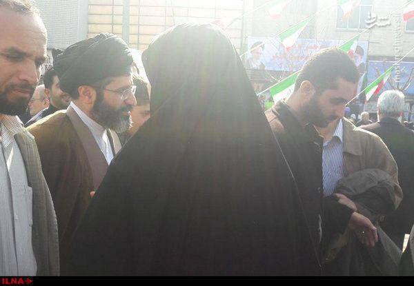 فرزند رهبر انقلاب در مراسم راهپیمایی ۲۲ بهمن