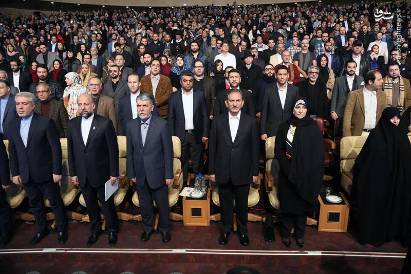 حضور اسحاق جهانگیری «معاون اول رئیس جمهور» در آیین اختتامیه سی و ششمین جشنواره فیلم فجر