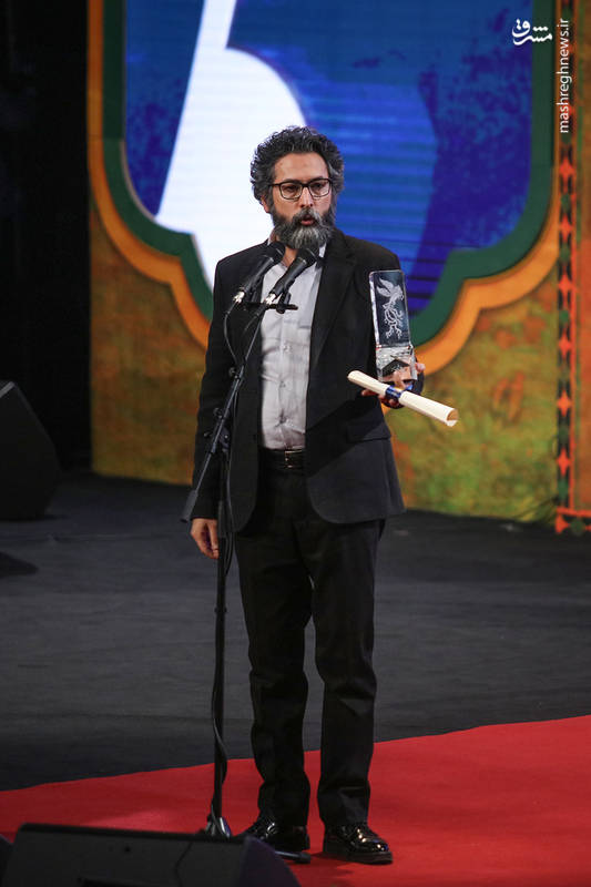 سیمرغ بلورین بهترین چهره پردازی و بهترین فیلم به سعید ملکان برای تنگه ابوقریب اهدا شد