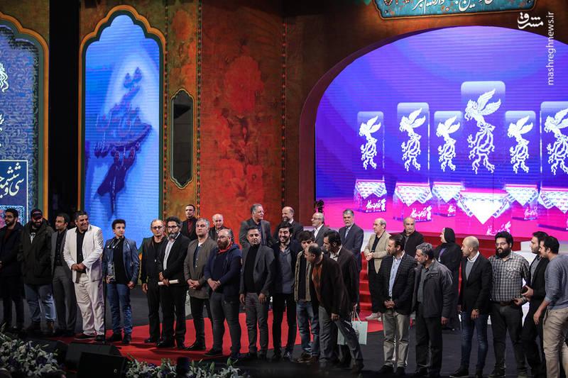 عوامل فیلم «تنگه ابوقریب» در آیین اختتامیه سی و ششمین جشنواره فیلم فجر