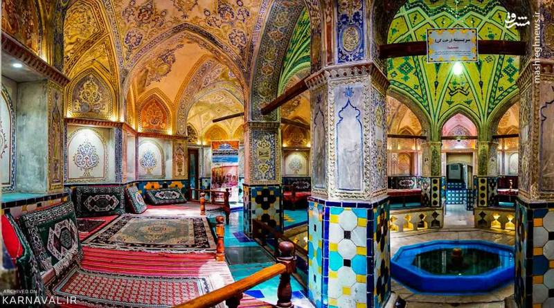 این حمام در محله ای تاریخی قرار دارد و در نزدیکی آن جاذبه های بسیاری برای بازدید واقع شده است.