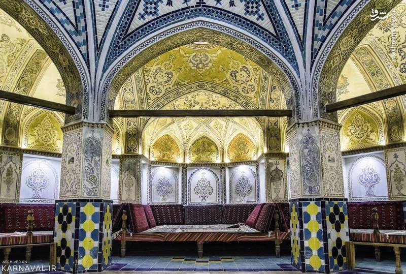 در گذشته هر شهر دارای 5 عنصر اصلی شامل مسجد، بازار، خانه، حمام و آب انبار بود و بر این اساس می توان حمام سلطان امیراحمد را یکی از عناصر مهم شهر به شمار آورد.