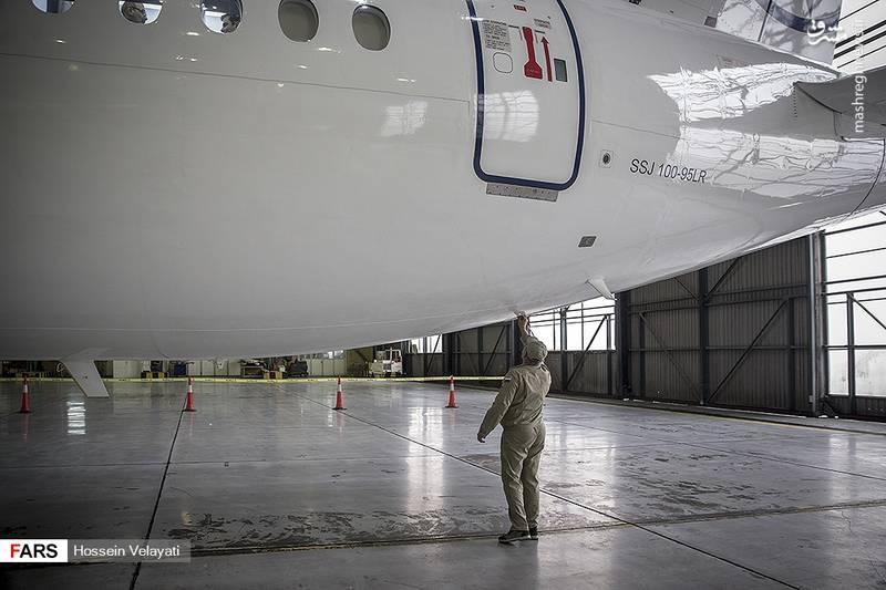 بازاریابی هواپیمای سوخوی سوپرجت ۱۰۰ در ایران