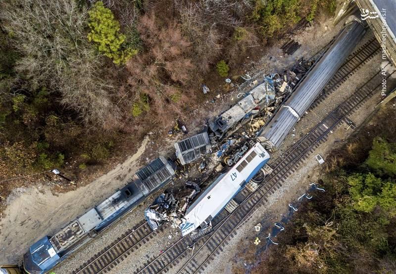 باز هم تصادف قطار، این بار در آمریکا که منجر به مرگ دو نفر و جراحت بیش از 100 نفر شد.