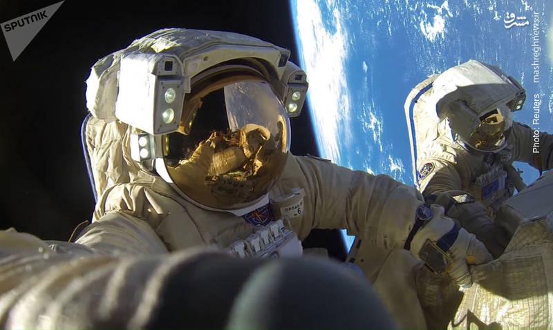 تصویر واقعی از دو فضانورد روسی