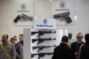 عکس/ نمایشگاه اسلحه در ایتالیا