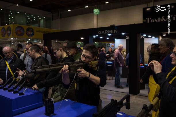 نمایشگاه اسلحه در ایتالیا