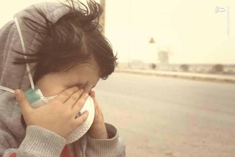 خاک در چشمان کودکان اهوازی