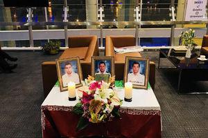فیلم/ پیکر سه شهید کشتی سانچی وارد ایران شد