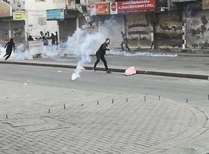 تظاهرات و درگیری در مناطق مختلف بحرین