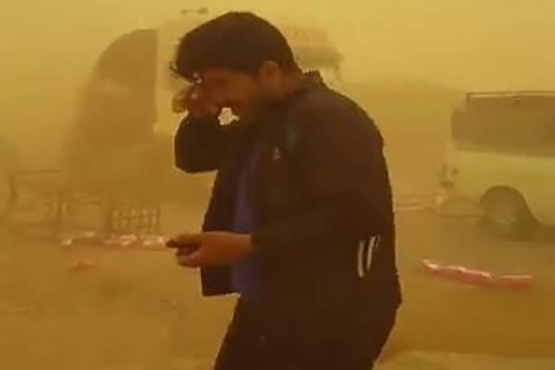 فیلم/ تصادف زنجیره ای در طوفان خوزستان