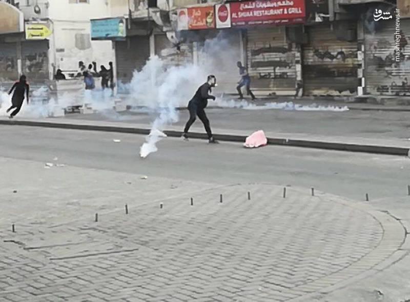 بحرین از 14 فوریه سال 2011 میلادی (25 بهمن 1389) صحنۀ خیزش مردمی علیه رژیم آلخلیفه است