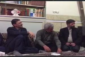 فیلم/ پرویز فتاح در منزل شهید حججی