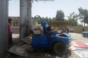 عکس/ انفجار پمپ گاز نیسان در جایگاه سوخت
