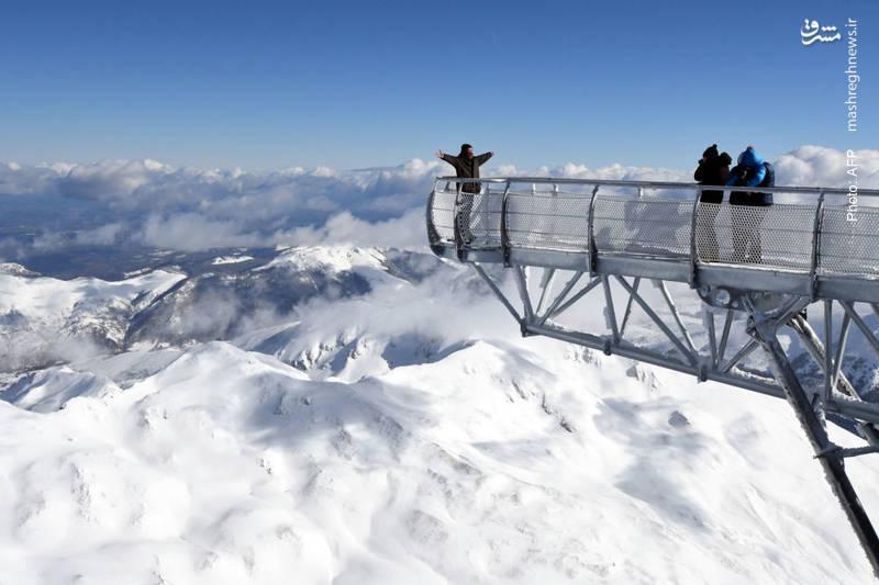 تصویربرداری در سکوی 12 متری در یکی از بلندترین نقاط فرانسه